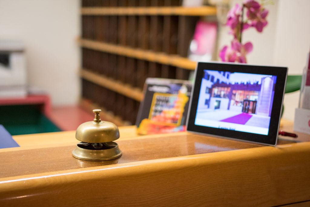 la-vecchia-cartiera-hotel-colle-di-val-d-elsa-servizio-concierge